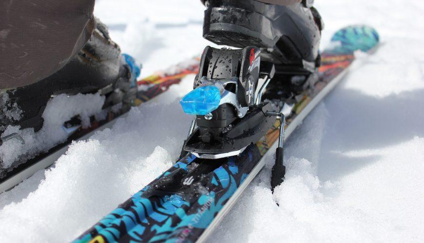 narty i wiązania narciarskie